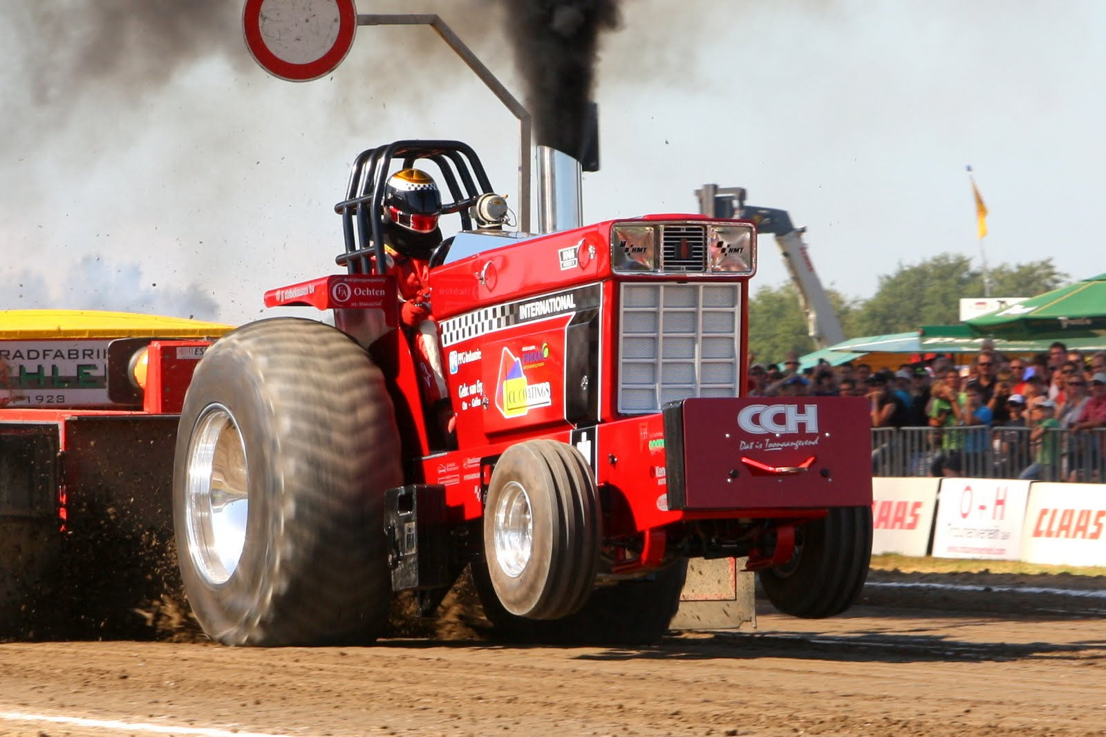 Super Pro Stock Pulling Tractor : Tractor pulling news pullingworld euro cup