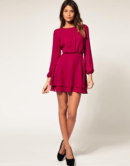 Платье короткое с рукавом