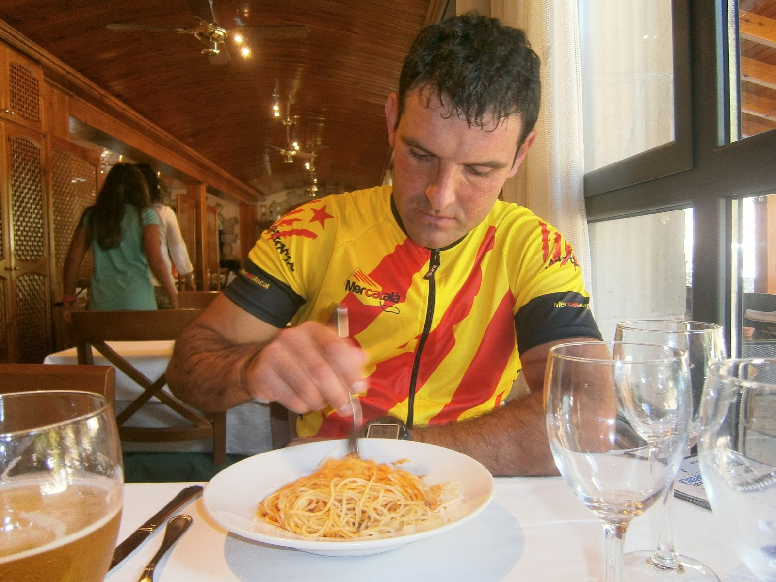 Si vens al ripoll s no t 39 oblidis la bicicleta sant bartomeu del sitjar - Restaurant la comma ...
