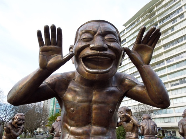 A-maze-ing Laughter statue face