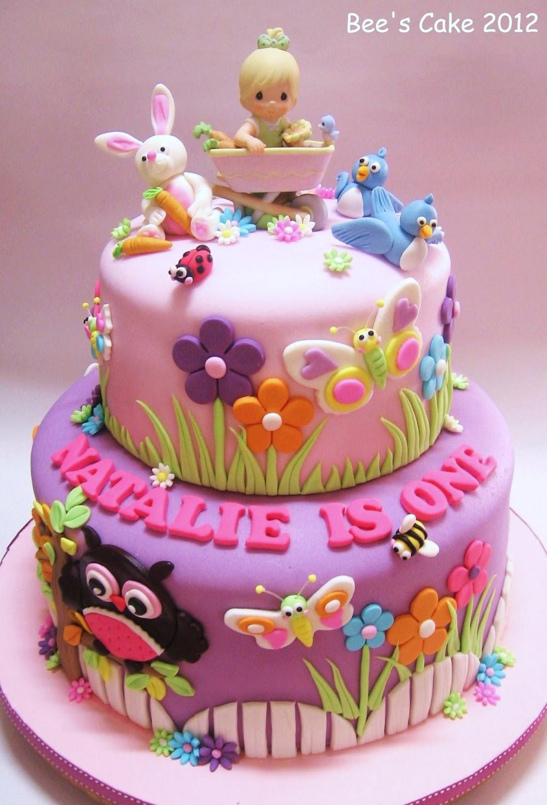 Toddler Birthday Cake Pictures : Bee s Cake: Natalie s Garden