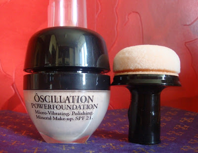 Oscillation Power Foundation Lancome in ivory 20 / puder mineralny aplikator applicator