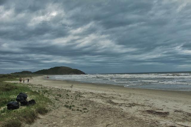 Praia de Fora na Ilha do Mel no Paraná.