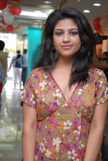 Supriya in Floral Top Spicy Geans Stunning HQ Pics lovely girl Supriya
