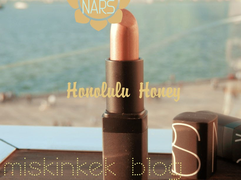 nars_honolulu_honey_lipstick_Nude_ten_rengi_ruj_kullananlar