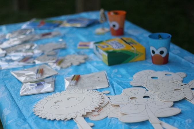 deck inspirations, kids party activities, lulus love list, summer party ideas, summertime celebrations,