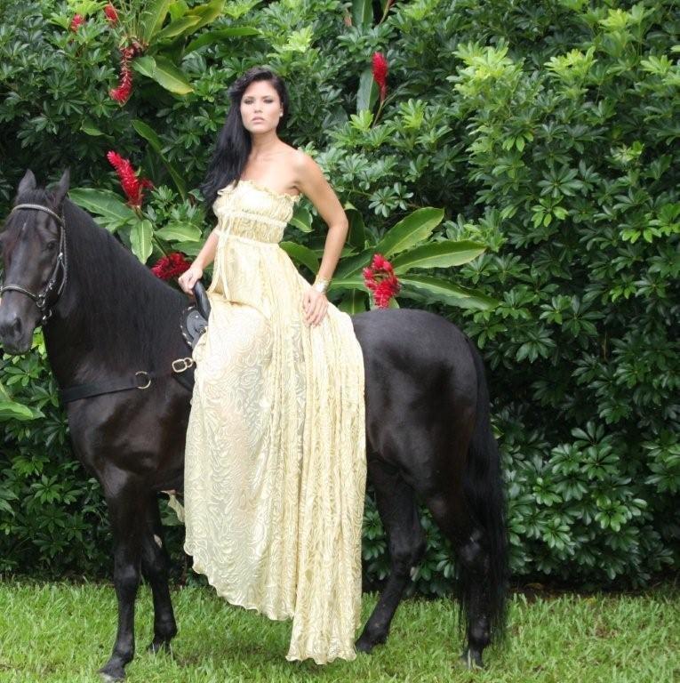 Gabriela Berrios,miss toa alta