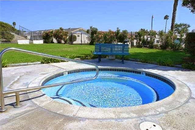 Oceanside CA 2 bed 1 bath $182,500