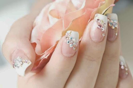 Romantic wedding nail designs elegant nail art ideas for brides romantic wedding nail designs elegant nail art ideas for brides prinsesfo Gallery