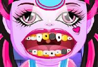 Canavar Bebek Diş Hekimi