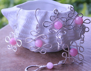 Pretty and Strong in Pink: bracelet, pink jade, sterling silver, Breast Cancer Awarness :: All Pretty Things