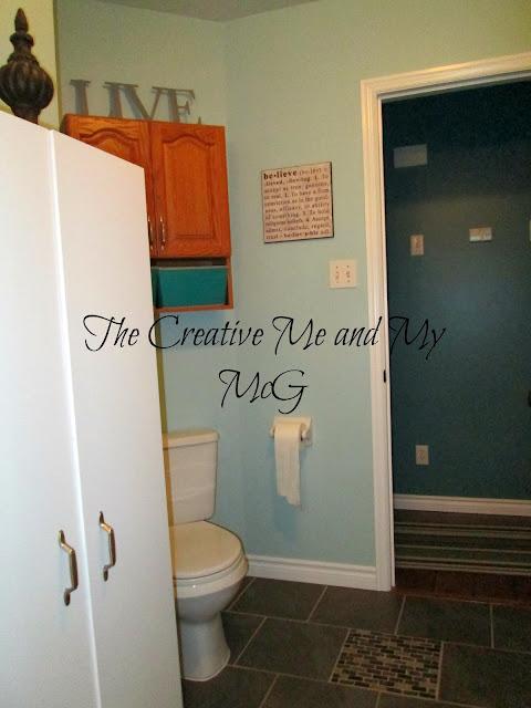 Combathroom Updates : Bathroom Updates...Painting the Trim White