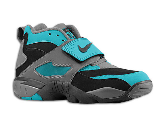 Sneaks On The AVE Nike Air Diamond Turf Freshwater Grey Now Available
