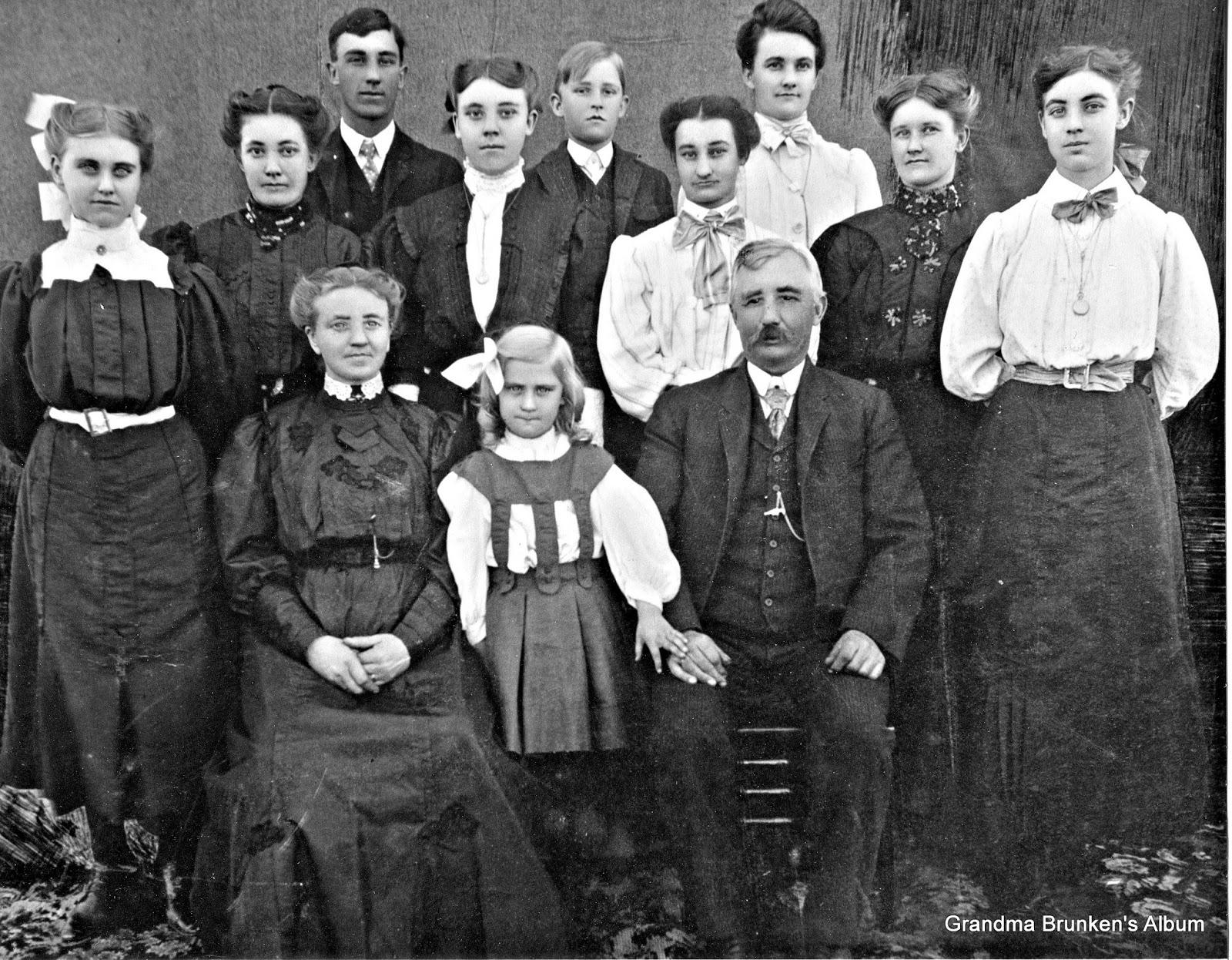 Carsten Petersen, Sr. Family - Circa 1905