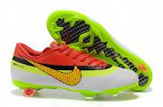 Nike Mercurial Vapor FG também ajustase o pé e produz uma sensação bola . (nike mercurial vapor fiveth style cr cleats )