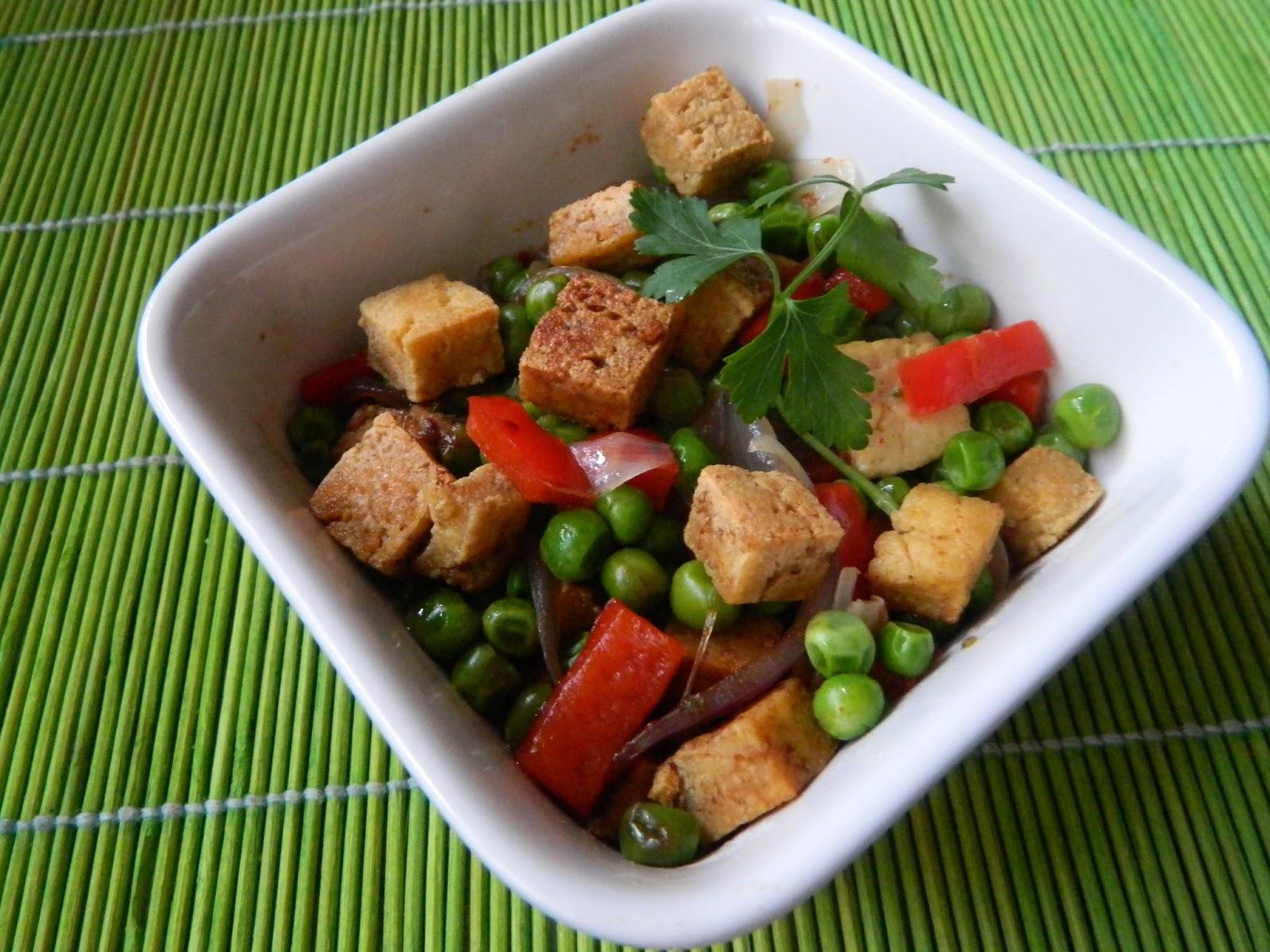 Salata calda de mazare