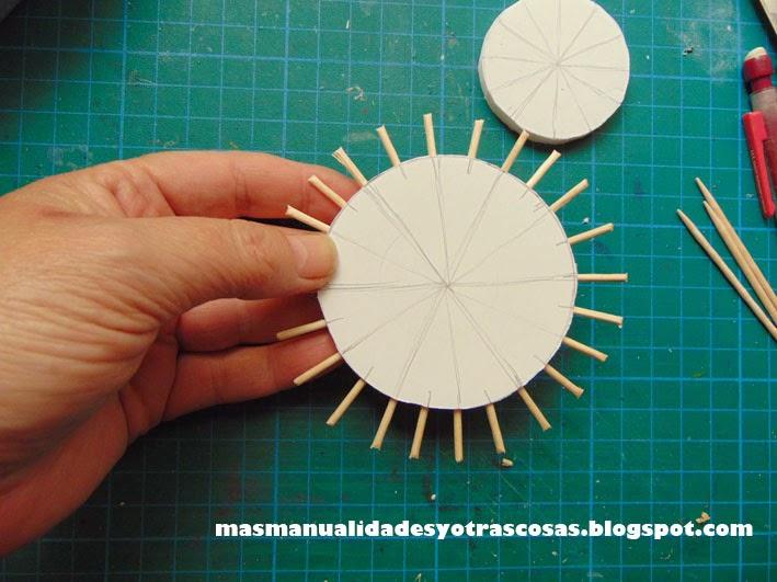 M s manualidades y otras cosas telar para flores for Manualidades con palillos de dientes