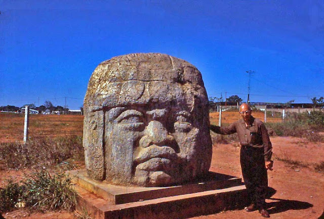 The Mysterious Olmecs and Giant Heads