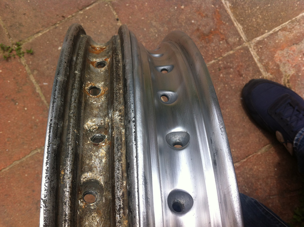 Restauraci n de una impala turismo puliendo las llantas - Pulir aluminio a espejo ...