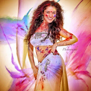 Pia Bajpai Playing Holi in White Choli and Half Saree Super Cute Pic