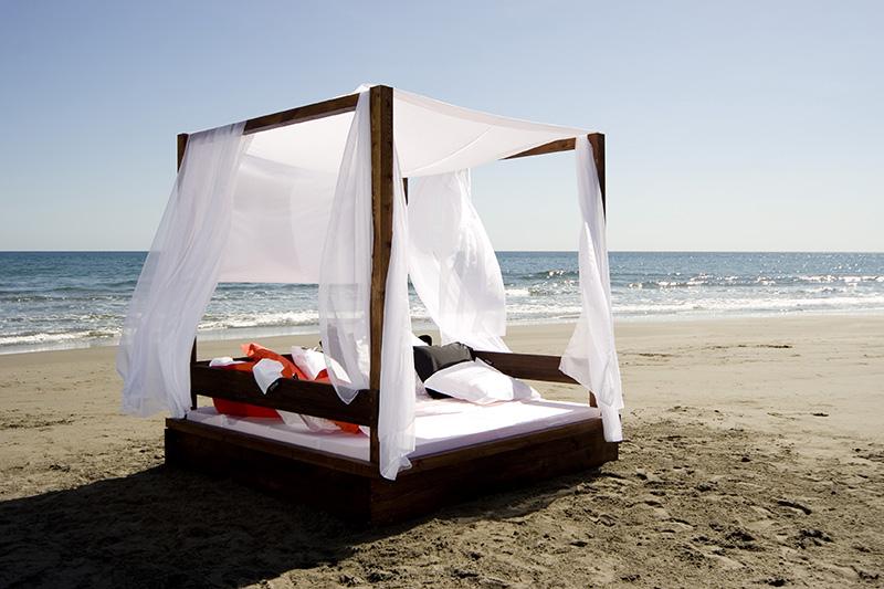 Pacific Breeze Bali Beds