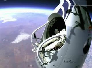 Impresionante salto desde casi 22 mil metros de altura, Felix Baumgartner - Red Bull, 2012