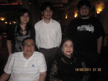 Family Anak Malaysia 2011 taken in Villa Daniele