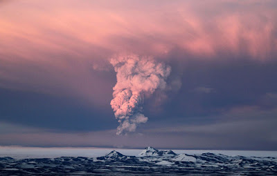 Iceland's Grimsvotn Volcano Erupts Again Seen On www.coolpicturegallery.us