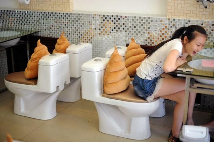 demanding toilet justice women china