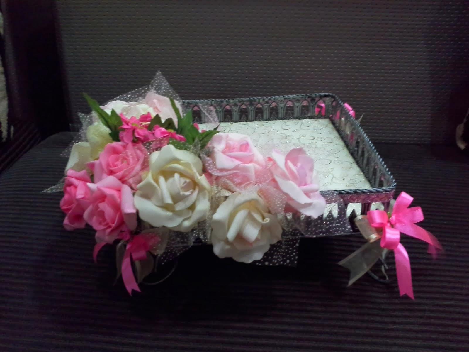 theme: Pink & Cream