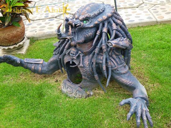 Predator at Wat Rong Khun, Chiang Rai, North Thailand