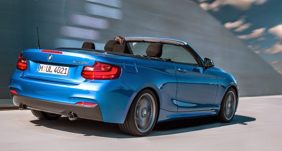 BMW M235iコンバーチブル