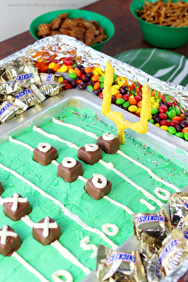 Are you ready for some football?! This Game Day Cake will be the talk of your party - and it's easy to put together too! #BigGameTreats #CollectiveBias #ad