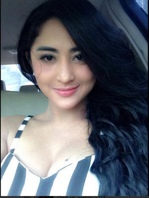 Dewi Persik