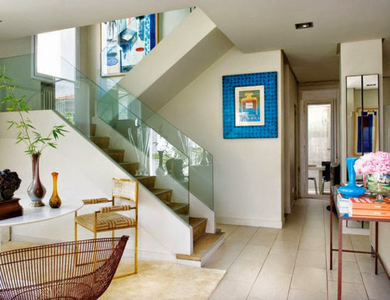Interior Artist or Decorator - Which Do You Need?