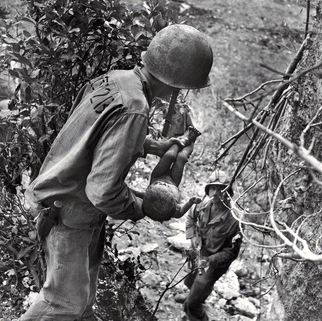 Черно-белая фотография: Вторая мировая война на страницах журнала LIFE