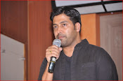 aa iddaru movie press meet-thumbnail-10