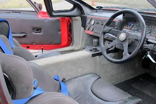 Jaguar XJ220 prototipo interni