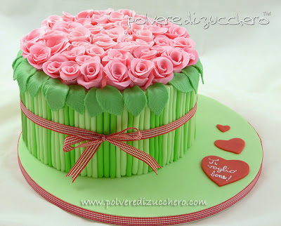 tutorial torta bouquet di rose: passo passo torta mazzo di fiori