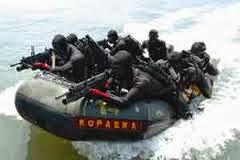 Kupas Tuntas : KOPASKA - Komando Pasukan Katak....!!!