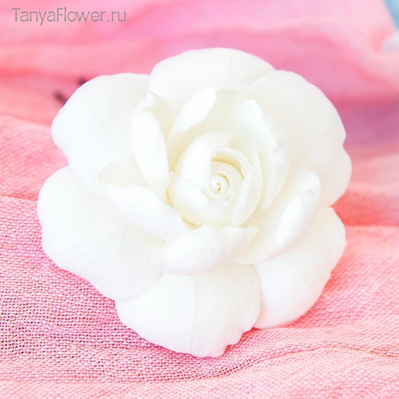 заколки с цветами из полимерной глины