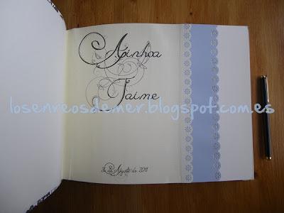 Interior de álbum de boda realizado con la técnica del cartonaje