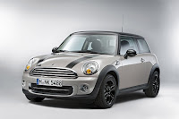 Mini Cooper Baker Street (2012) Front Side