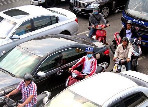 Cẩm nang cho lái xe khi đi xe trong nội thành