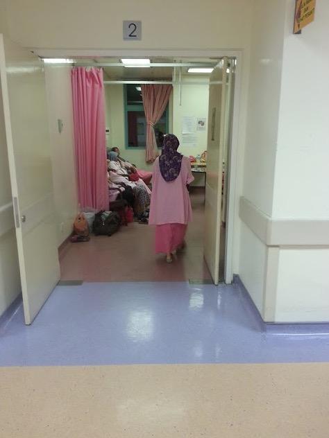 Isu pesakit tidur atas lantai, ini jawapan Pengarah hospital