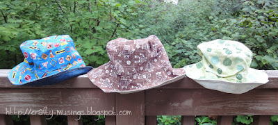 Reversible bucket hats, view of lining