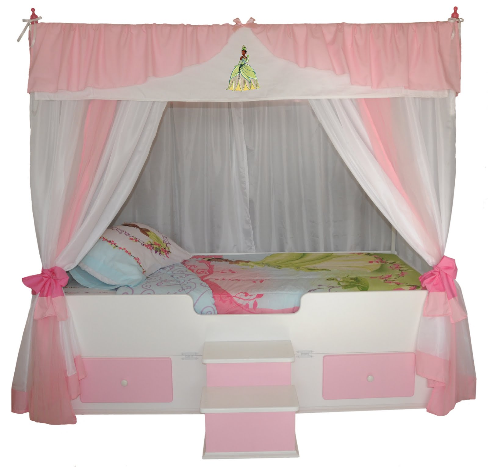 Princess Tiana Furniture: Princess Canopy Beds