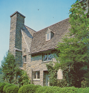 photo of Henry Whitfield House, Guilford, CT, historical home,