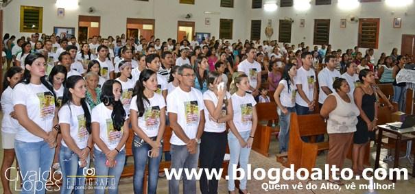 A emoção e a dor da saudade marcaram a Missa, que aconteceu na Igreja Matriz São Francisco de Assis.