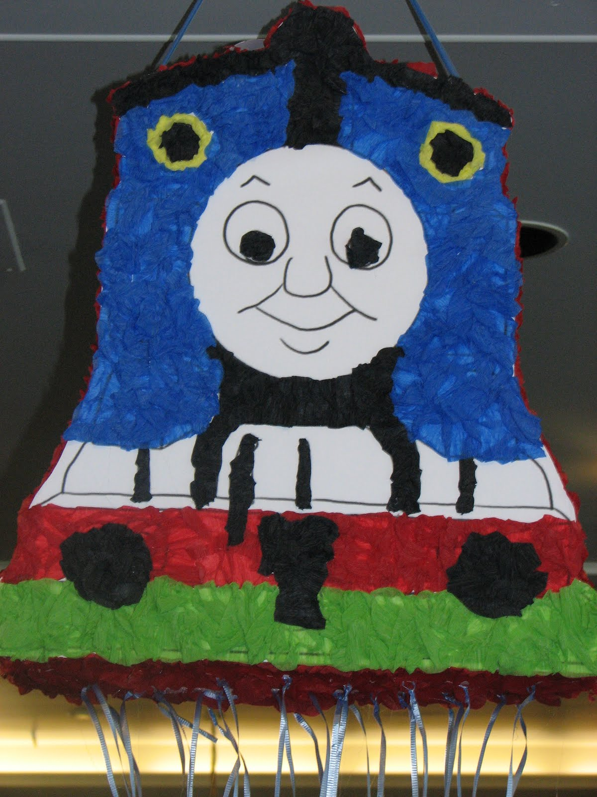 Utopia Party Decor: Thomas and Friends Party